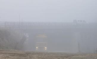 Yoğun sis kazaya sebep oldu