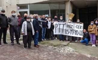 80 yıldır hizmet veren PTT binasını kapattılar, vatandaş eylem yaptı