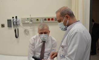 Bursa İl Sağlık Müdürü tekrar koronavirüs aşısı oldu