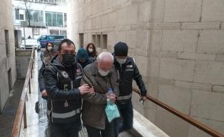 Bursa'da şantaj ve tehdit iddiasıyla yakalanan 5 şüpheli tutuklandı