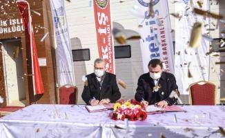 Karacabey Belediyesi'nde toplu iş sözleşmesi imzaları atıldı