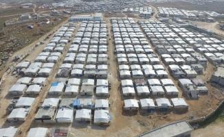 Suriye'de Bursa mahallesine bir yılda 700 briket ev