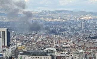 Bursa'da büyük yangın...Dumanlar gökyüzünü kapladı