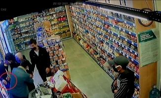 Bursa'da 4 gencin hırsızlık anları güvenlik kameralarına yansıdı