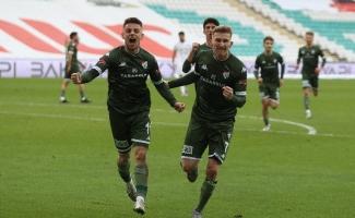 Bursaspor son ana kadar yılmıyor - Yeşil beyazlılar bu sezon son 15 dakikada 11 gol attı