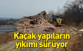 İnegöl'de kaçak yapıların yıkımı sürüyor