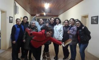 Orhangazi Halk Dansları Topluluğu'ndan Kadınlar Günü'ne özel klip