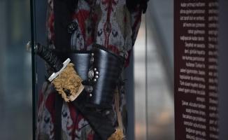 Türklerin kıyafet zenginliği bu sergide