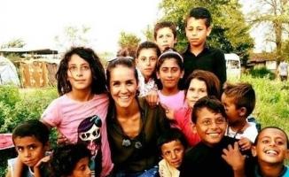 Gazeteci Kübra Ulutaş kendini çocuklara adadı