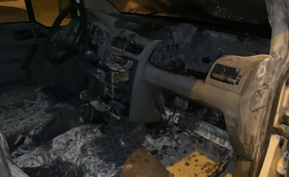 İftara yetişmeye çalışan sürücünün aracı alev aldı