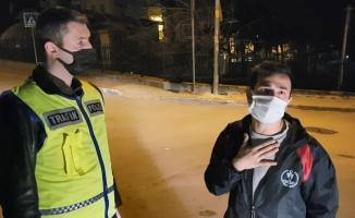 """(Özel) Kısıtlamada alkollü yakalandı, """"kanundan ve polisten kaçış yok"""" dedi"""