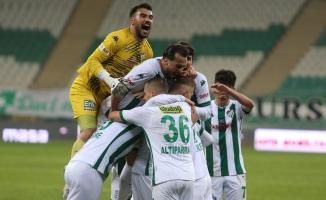 TFF 1. Lig: Bursaspor: 2 - Bandırmaspor: 1