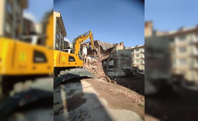 4 ayda 41 metrûk bina yıkıldı