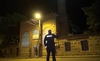Bursa'da tarihi camide hırsızlık alarmı