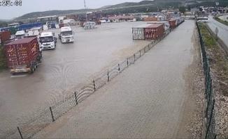Bursa'daki servis kazası böyle yaşandı