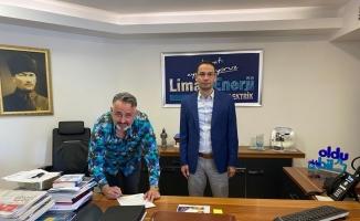 Bursaspor başkan adayı Serdar Acarhoroz, kulübün elektrik borcunu üstlendi