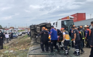 İşçi midibüsü takla attı: 20 işçi yaralandı