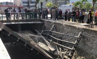 Köprüdeki inşaat çöktü: 3 yaralı