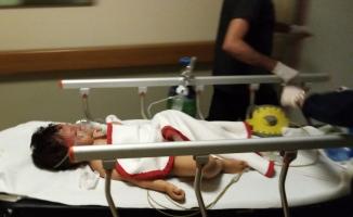 Otomobilin ezdiği minik Mustafa ağır yaralandı