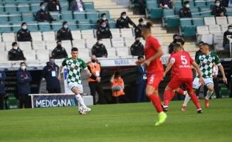 TFF 1. Lig: Bursaspor: 0 - Ankara Keçiörengücü: 2 (İlk yarı sonucu)