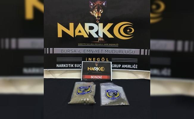 4 şahsın üzerinde 420 gram uyuşturucu ele geçirdi