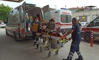 Tır ile otomobil çarpıştı, 2 kişi yaralandı: Kaza anı kamerada