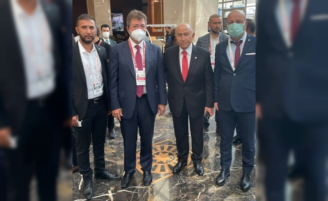 Bursaspor Başkanı Hayrettin Gülgüler, TFF Başkanı Nihat Özdemir'le görüştü
