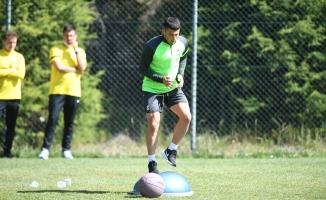 Bursasporlu futbolcular sabah antrenmanında oldukça zorlandı