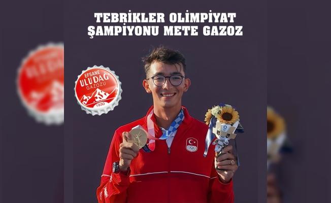 Uludağ Gazoz, şampiyon okçunun yanında