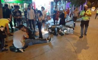 Kontrolden çıkan motosiklet devrildi