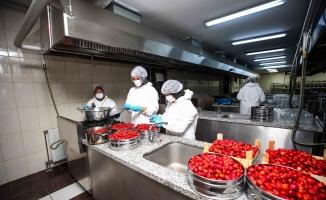 Kadınlar Nilüfer Bostan için mutfağa girdi