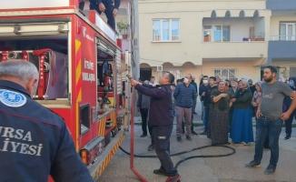 İnegöl'de mahalleyi sokağa döken yangın!