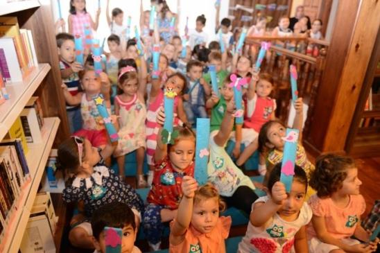 Başkan Bozbey Çocuklara Kitap Okudu