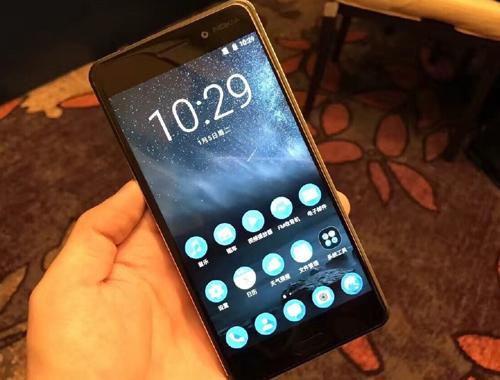 Nokia Microsoftu terk etti sipariş yağdı