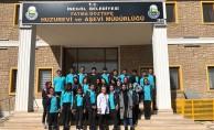 Lise öğrencilerinden anlamlı ziyaret