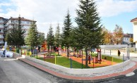Burhaniye Mahallesi Yeni Parkına Kavuştu