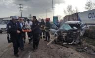 İnegöl'de feci kaza:4 yaralı