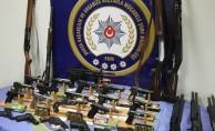 İnegöl merkezli kaçak silah operasyonu