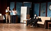 'Naaş-ı Muhteremler' İnegöllü Tiyatro Severlerle Buluştu