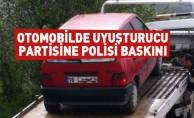 Otomobilde Uyuşturucu Partisine Polisi Baskını