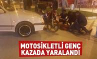 Motosikletli genç kazada yaralandı