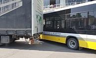 Şehir merkezine giren TIR trafiği felç etti