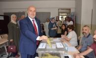 BBP Genel Başkan Yardımcısı Yelis, oyunu Bursa'da kullandı