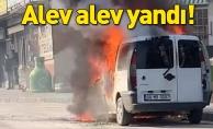 Bursa'da seyir halindeki hafif ticari araç alev alev yandı