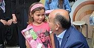 Bakanın küçük kızla sohbeti