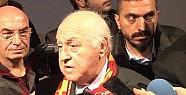 'gülen 50 Milyon Istedi'ye