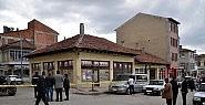 Kahvehanede önünde silahlı saldırı: