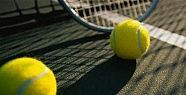 Nadal Ve Sharapova çeyrek Finale Yükseldi