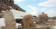 Nemrut Dağı ziyaretçilerini