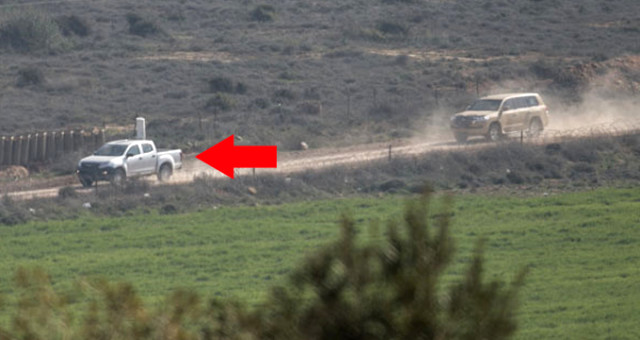 Sınır Hattında Devriye Gezen Sinyal Kesici Askeri Araçlar Dikkat Çekti